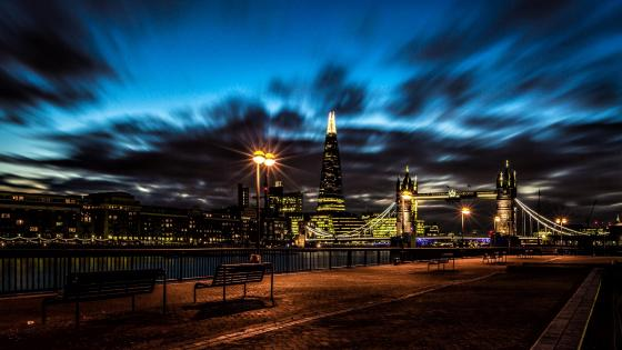 London cityscape at night with the Tower bridge wallpaper