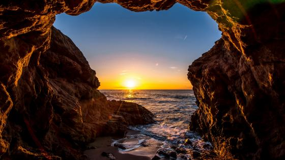 Sunset at El Matador State Beach - Malibu, California, United States wallpaper