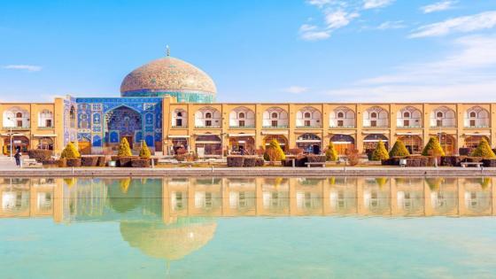 Sheikh Lotfollah Mosque - Iran wallpaper