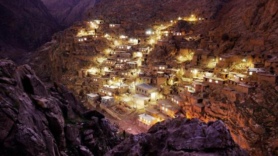 The most beautiful village in Iran - Then near-vertical Palangan village at night wallpaper