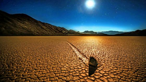 Sailing stones in the Racetrack Playa, Death Valley National Park, California wallpaper