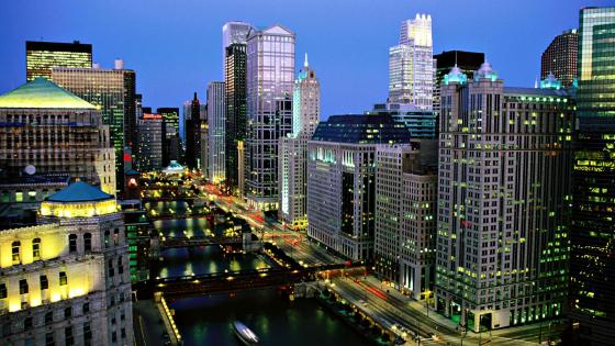 Chicago River at night wallpaper