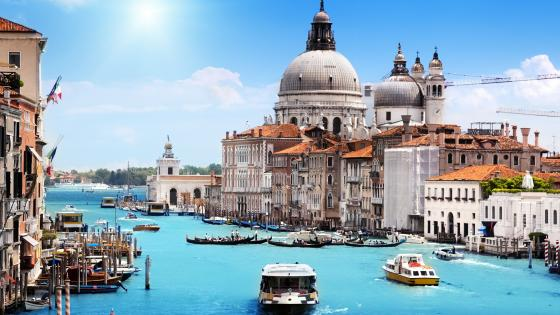 Santa Maria della Salute panorama from Grand Canal wallpaper
