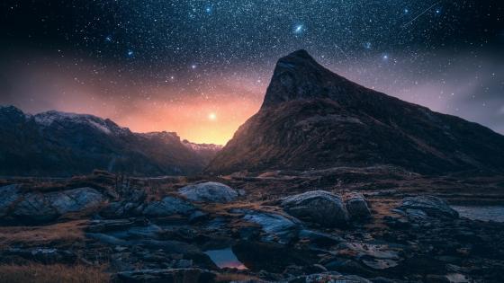 Starry night on Iceland wallpaper