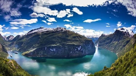 Geiranger Fjord, Norway wallpaper
