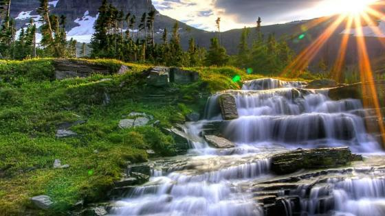 Logan Pass  - Glacier National Park, Montana, US wallpaper