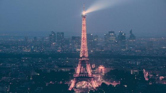 Eiffel Tower at night - Paris, France wallpaper