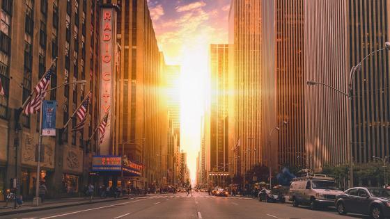 Manhattan street view wallpaper