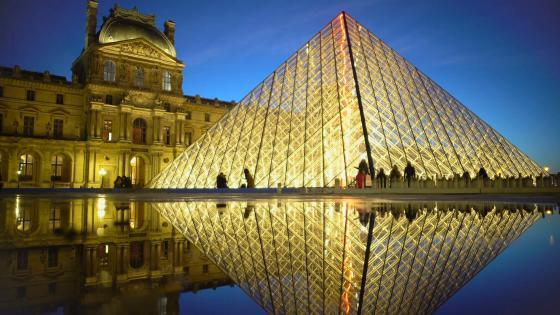 Louvre Pyramid reflection at night - Paris, France wallpaper