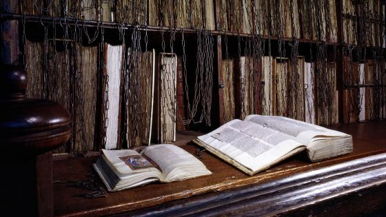 Chained library - Hereford Cathedral wallpaper