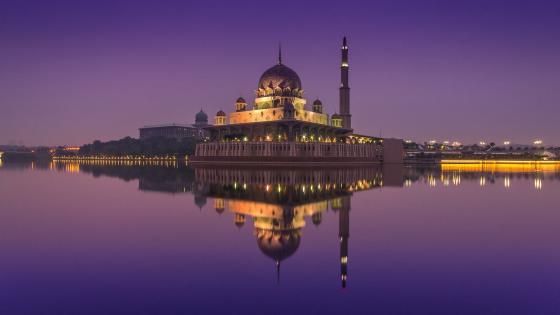 Putra Mosque - Putrajaya, Malaysia wallpaper