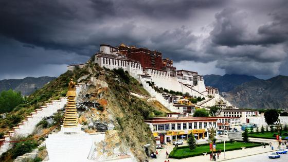 Potala Palace - Tibet wallpaper