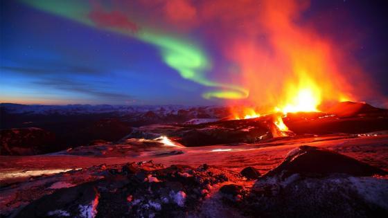 Eruption of Eyjafjallajökull - Iceland wallpaper