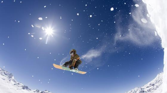 Freestyle snowboarding - Extreme sport wallpaper