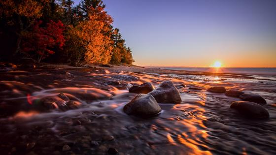 Sunrise over Hurricane River, Michigan wallpaper