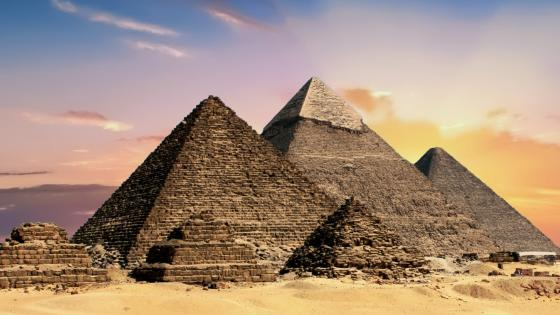 Giza Necropolis - Pyramids of Giza wallpaper