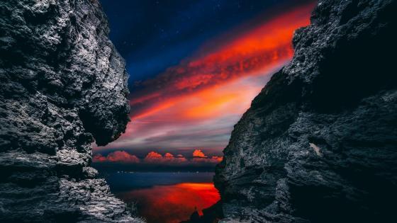 Sunset among the rocks wallpaper