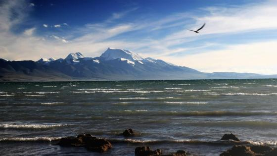 Holy mountain & holy lake wallpaper
