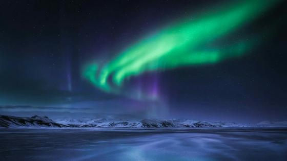 Northern lights in Iceland wallpaper