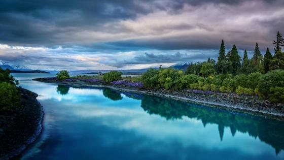 Lake Taupo - New Zealand wallpaper