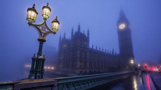 Big Ben from Westminster Bridge - Foggy London Photograph wallpaper