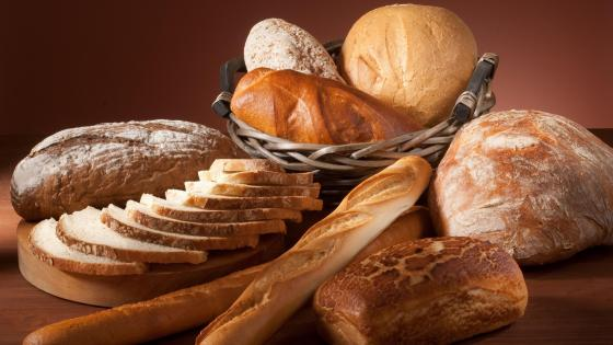 Breads and bakery goods wallpaper