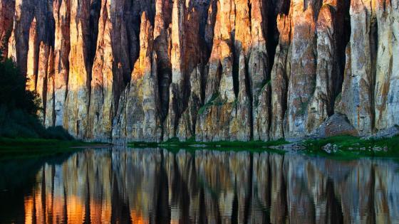Lena Pillars Nature Park - Yakutia, Russia wallpaper