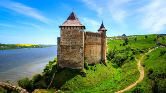 Khotyn Castle Fortress, Ukraine wallpaper