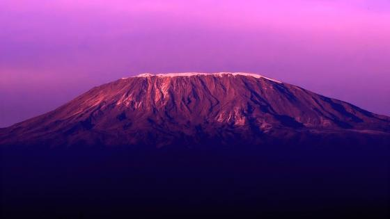 Mount Kilimanjaro - Kilimanjaro National Park (Tanzania) wallpaper
