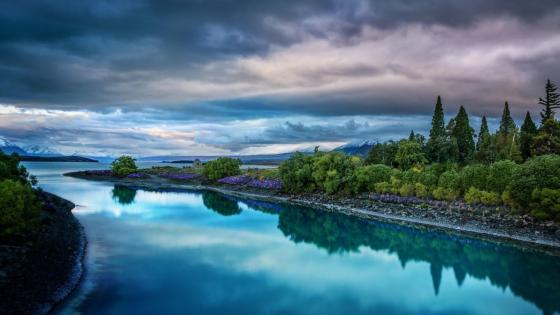 Lake Tekapo landscape wallpaper
