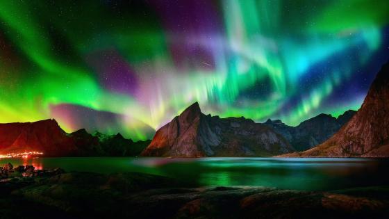 Amazing aurora borealis wallpaper