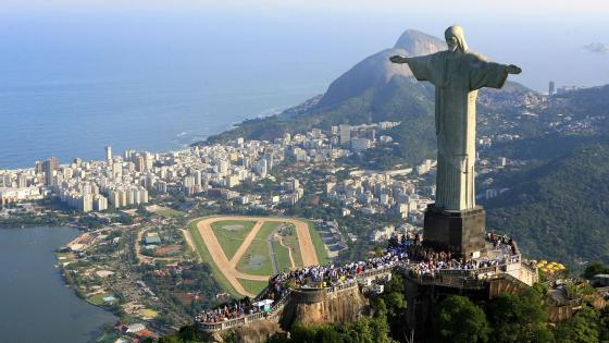 Christ the Redeemer statue wallpaper