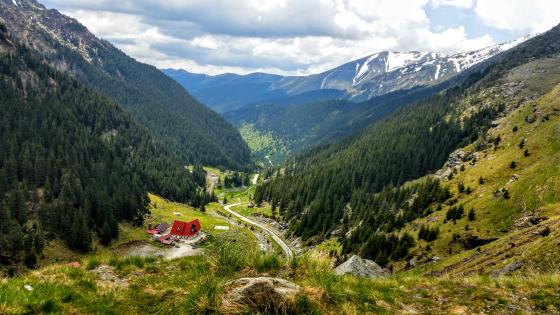 Fagaras Mountains - Romania wallpaper