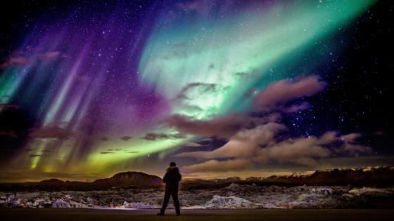 Aurora Borealis in Iceland wallpaper