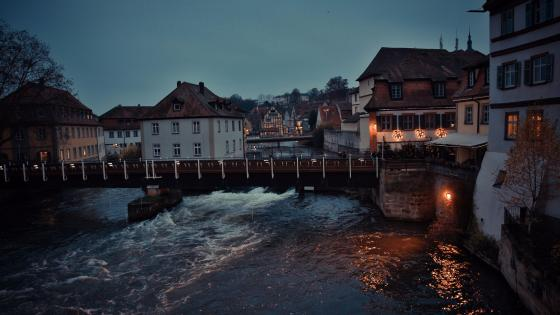 Bridge on Regnitz river - Bamberg wallpaper
