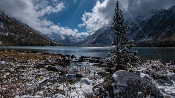 Big Almaty Lake (Kazakhstan) wallpaper