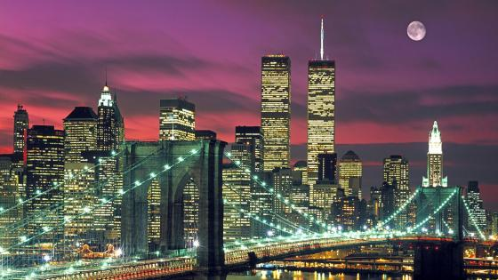 Brooklyn Bridge at Dusk (New York, U.S.) wallpaper