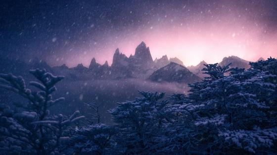 Fitz Roy in winter (Patagonia, Argentina) wallpaper