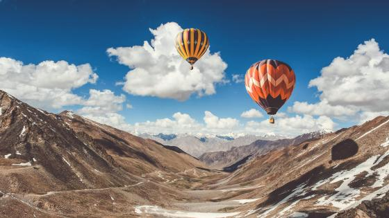 Hot air balloon ride near Leh Mountains - India wallpaper