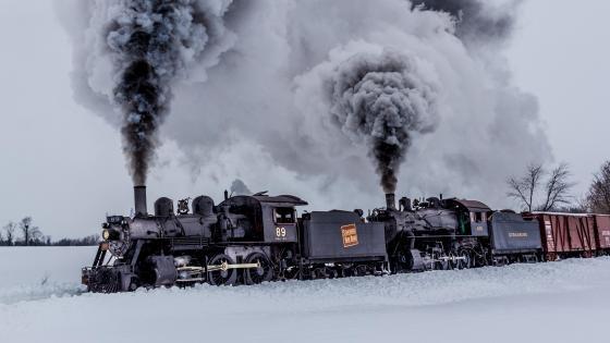 Steam locomotive in the snow wallpaper