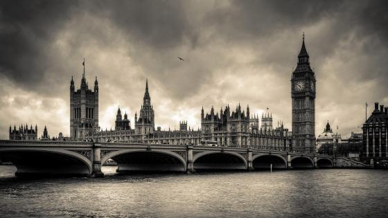 River Thames - Monochrome photography wallpaper