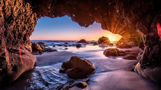 Malibu Sea Cave - El Matador State Beach wallpaper