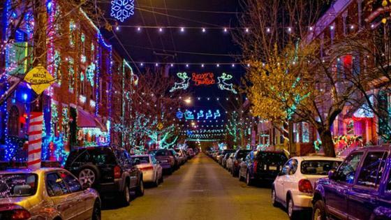 Christmas Village in Philadelphia wallpaper