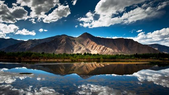 Lhasa River scenery wallpaper