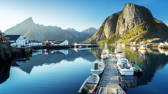 Reine - Lofoten, Norway wallpaper