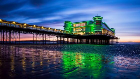 Grand Pier (Weston super Mare, UK) wallpaper