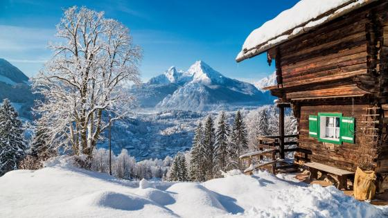 Winter wonderland in the Alps wallpaper