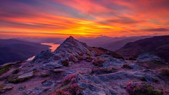 Ben A'an and  Loch Katrine (Scotland) wallpaper