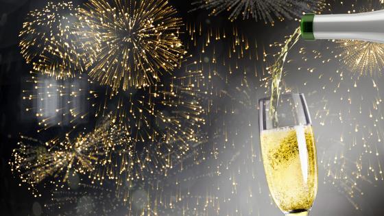 Fireworks & champagne   wallpaper