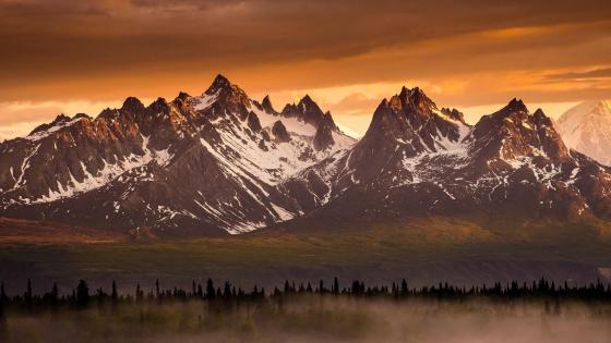 Devils Horns (Alaskan Range, Denali State Park) wallpaper